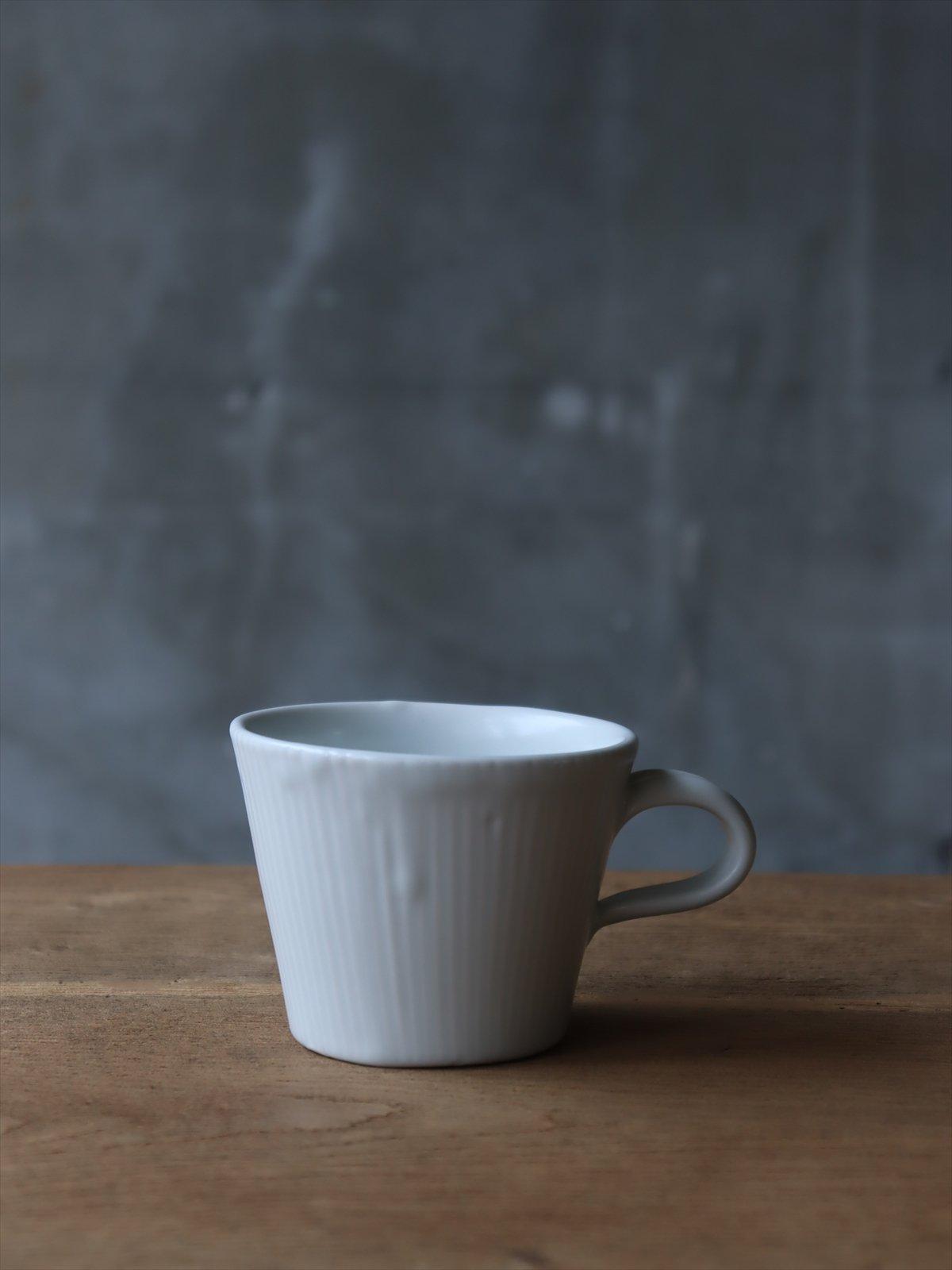 亀田大介  白磁刻線コーヒーマグ