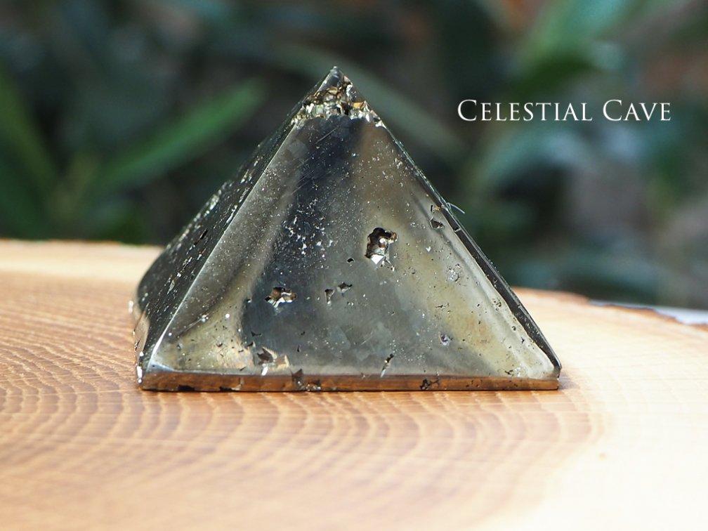 パイライト ピラミッド