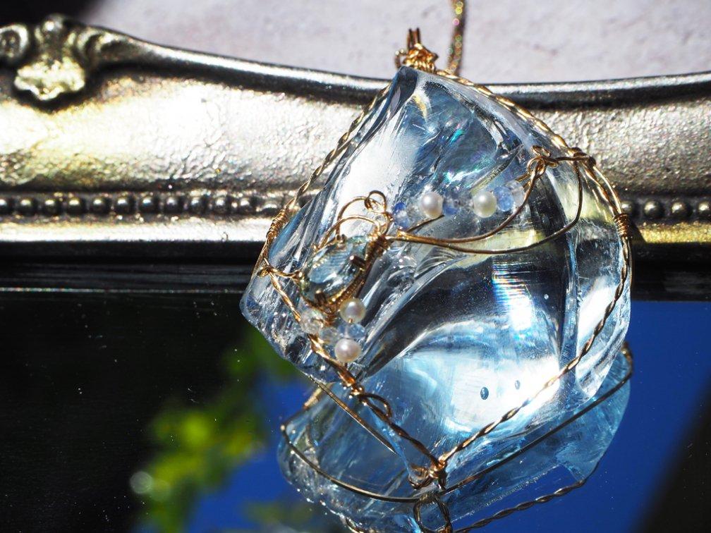 Knot of Isis アンダラクリスタル レディ・ネリー