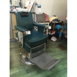 RB-044-16   タカラベルモント レトロ理容椅子 シート張替込  在庫1(HB)