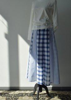 エアリープリーツスカート