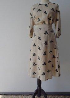 Muguet embroidery skirt