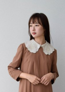 Linen chain embroidery collar