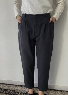 cotton tuck pants