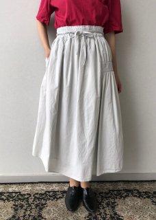 製品染めスカート