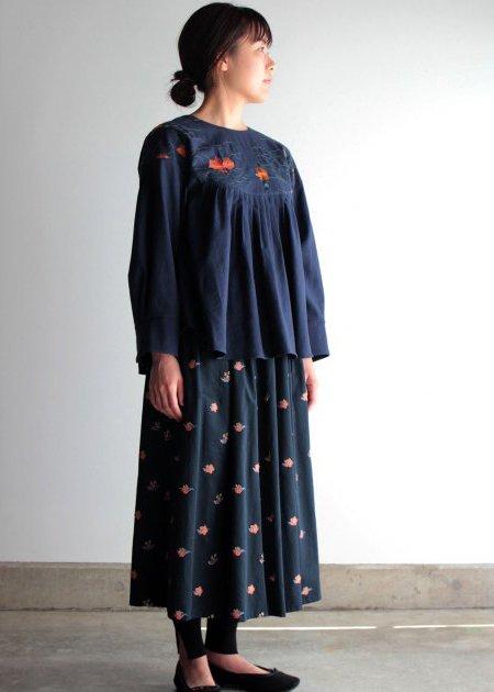 ナスタチュウム刺繍プルオーバー