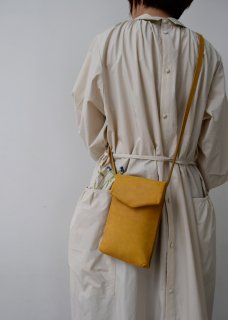 black slim letter bag、yellow slim letter bag