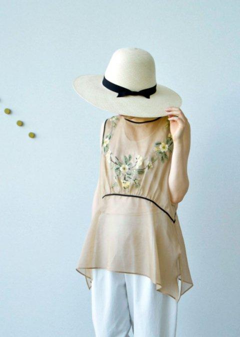 cross‐stitch embroidery blouse