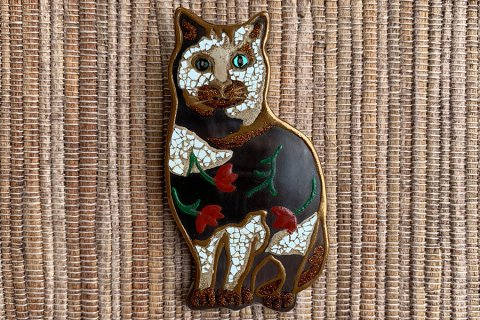 Cat from brooch