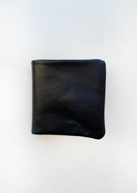 Naturally tanned leather bifold wallet