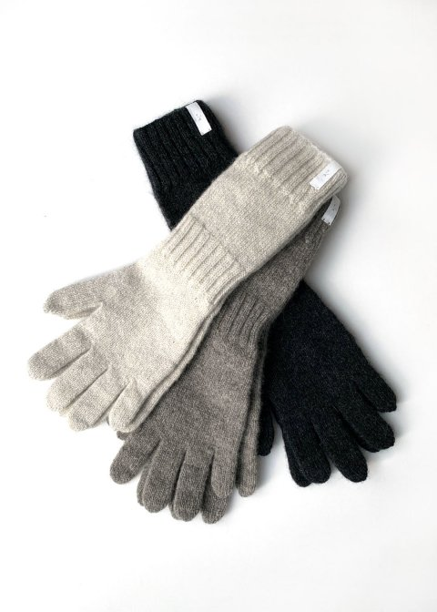 cashmere seamles gloves