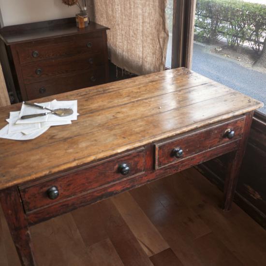 シンプルアンティークテーブル パイン材