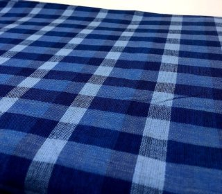 ムラ糸チェック ブルー