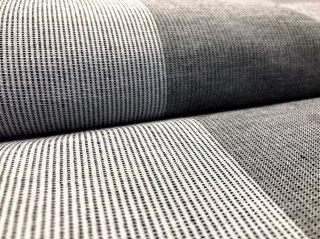 ちぢみ織り4列ストライプグレーキナリ