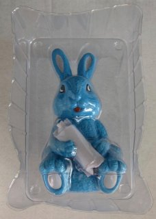 Blue bunny with spray can