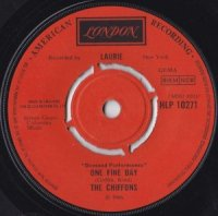 The Chiffons / One Fine Day (7
