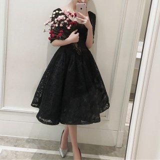 結婚式や謝恩会に 黒花柄レースVネックミモレ丈ドレス