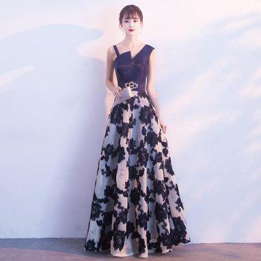 ゴージャスな花柄刺繍 アシンメトリートップ マキシ丈ドレス