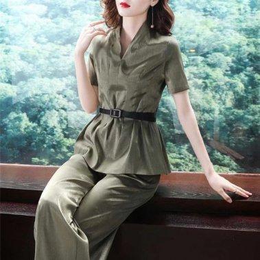 結婚式や二次会に 光沢感のある生地がエレガントな袖ありパンツドレス セットアップ 3色