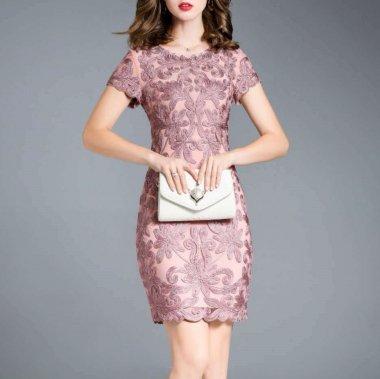 結婚式や二次会に 上品カラーの立体レースがエレガントな半袖タイトドレス 2色