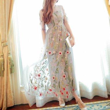 花柄刺繍で上品かわいいシースルーの袖ありロングワンピース カジュアルドレス