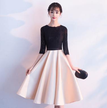 上品かわいい海外デザイン レーストップスがおしゃれな膝丈フレアワンピース ドレス