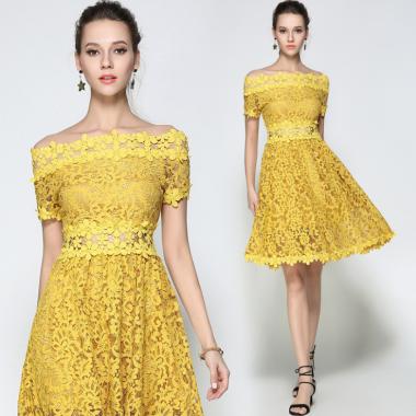 結婚式や二次会に 鮮やな透かしレースがおしゃれな膝丈オフショルフレアワンピース ドレス