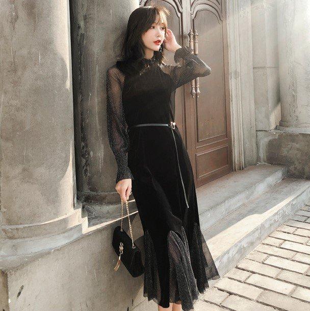 エレガントな異素材MIX ヘムラインフリルのグリッター黒ドレス ワンピース