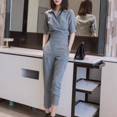 シックな2color  シンプルエレガントなタイトシルエットの上下セットアイテム パンツドレス