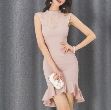 オトナ女子のお呼ばれドレスに たっぷりフリルがかわいいミニ丈のノースリーブタイトドレス ワンピース