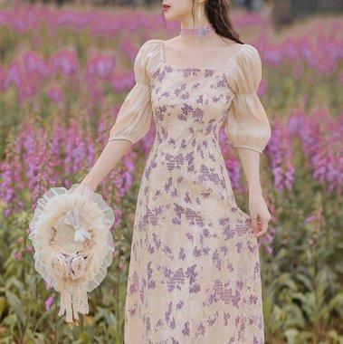 発表会や演奏会衣装にもおすすめ 上品ガーリーな繊細レースのパフスリーブドレス