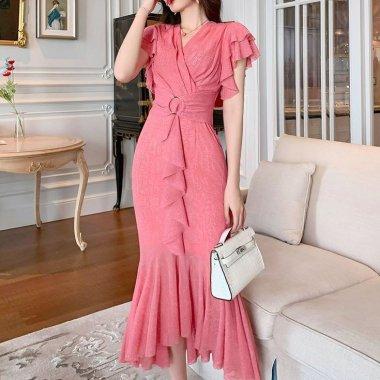 大人レディなお呼ばれスタイル ボリューミーなフリルマーメイドのロング丈タイトドレス 2色