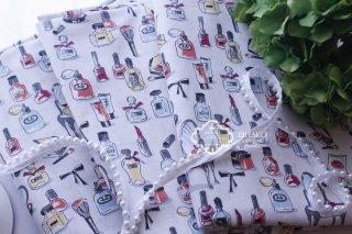 (新入荷)フランス直輸入☆カラフルコスメ柄fabric 香水瓶 ドレッサー リボン リップ