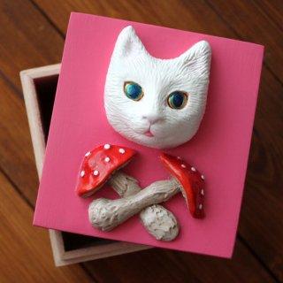 きのこと猫の小箱(ピンク)