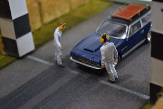 DBS Shootingbrake by Khan Modelcars 1/43 Resincust Model
