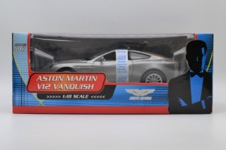 JAMES BOND 007 1/18 ASTON MARTIN V12 VANQUISH