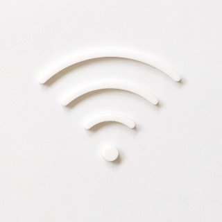 Wi-Fi (white)<img class='new_mark_img2' src='https://img.shop-pro.jp/img/new/icons5.gif' style='border:none;display:inline;margin:0px;padding:0px;width:auto;' />