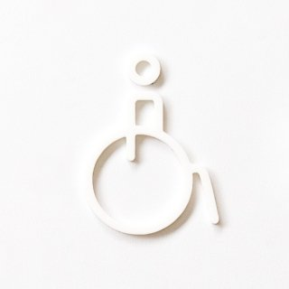 ACCESSIBLE (white)<img class='new_mark_img2' src='https://img.shop-pro.jp/img/new/icons5.gif' style='border:none;display:inline;margin:0px;padding:0px;width:auto;' />