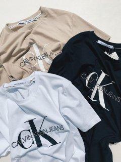 【Calvin Klein Jeans(カルバン クライン ジーンズ)】MONOGRAM EMBRO LOGO TEE (Tシャツ) White