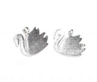【2個入り】Petit Swanプチスワンモチーフマットシルバーチャーム