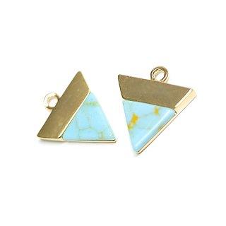 【1個】1点もの〜天然石ターコイズ(Turquoise)風三角形ゴールドチャーム、パーツ
