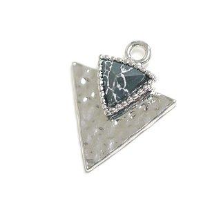 【1個】1点もの〜天然石ソーダライト(Sodalite)風Double三角形シルバーチャーム