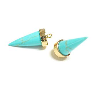 【1個】天然石ターコイズ(Turquoise)風三角Cone形ゴールドチャーム