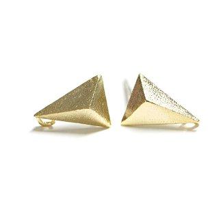 【1ペア】925芯!カン付き!質感あるマッドゴールド立体的な3Dトライアングル形シルバー925ピアス、パーツ