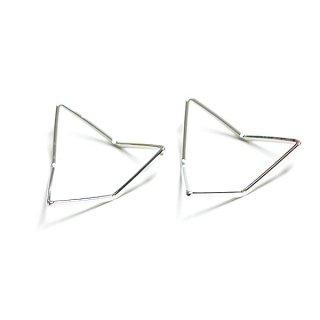 【2個入り】3D立体的な三角形Triangleシルバーパーツ