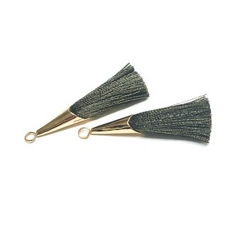 【2個入り】オーリブグリーンOliveカラーロング糸タッセル シンプルゴールドキャップ付きチャーム