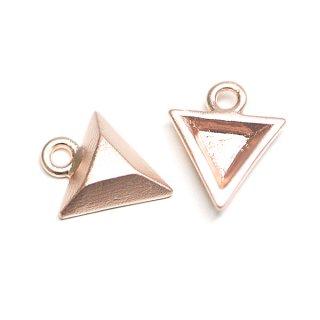 【2個】立体的な3D Petit Triangleプチ三角形マットピンクゴールドチャーム、パーツ