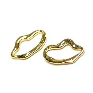 【2個入り】歪みある曲線のirregular Oval光沢ゴールドチャーム、パーツ