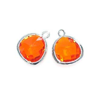【1個】スカレットオレンジーカラーGlass歪みマロン形シルバーチャーム、パーツ