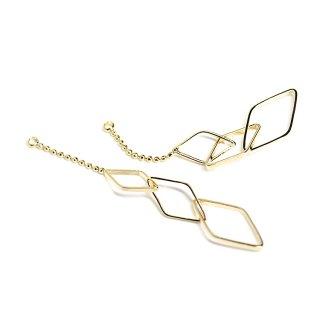 【2個入り】揺れる華奢な大きさ違いのダイヤモンド形チェーン付き光沢ゴールドチャーム、ペンダント